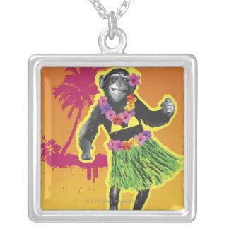 チンパンジーのフラの踊り シルバープレートネックレス