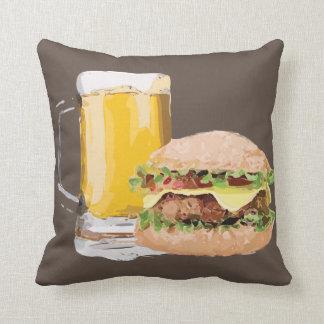チーズハンバーガービール灰色の茶色の装飾用クッション クッション