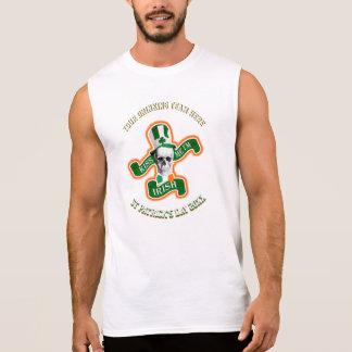 チームを飲む名前入りでおもしろいなSt patricks day 袖なしシャツ