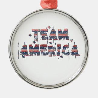 チームアメリカ米国のヴィンテージのグランジなバーラップによって引き裂かれる旗 メタルオーナメント