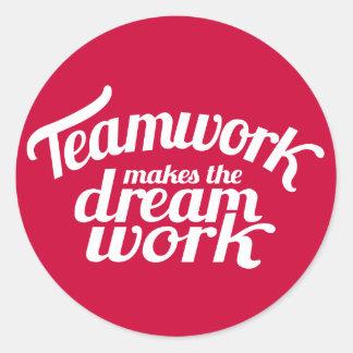 チームワークは夢の仕事を赤く及び白いステッカーさせます ラウンドシール