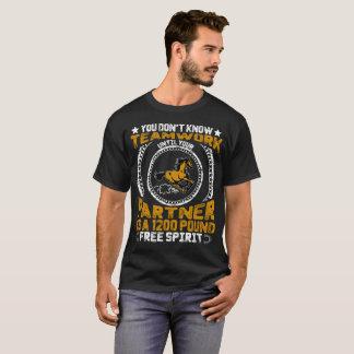 チームワークを知りません Tシャツ