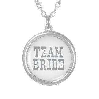 チーム花嫁の西部の灰色 シルバープレートネックレス