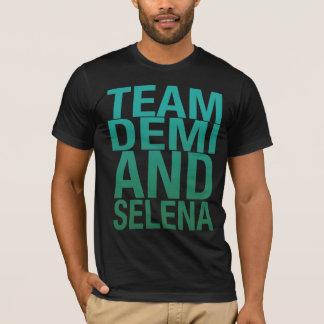 チームDemiおよびSelena Tシャツ
