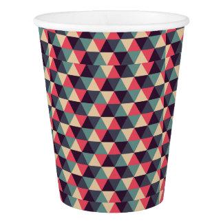 ティール(緑がかった色)およびピンクの三角形パターン 紙コップ