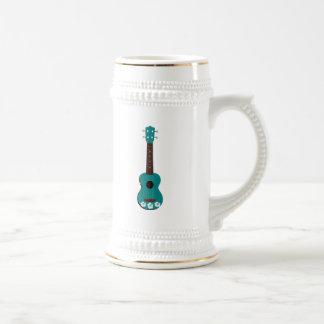 ティール(緑がかった色)のウクレレのハイビスカスのデザイン ビールジョッキ