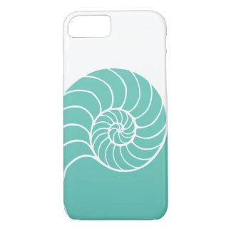 ティール(緑がかった色)のオウムガイの海の貝 iPhone 8/7ケース