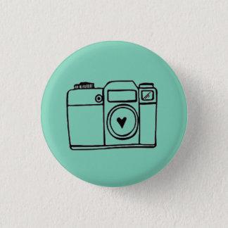 ティール(緑がかった色)のカメラの落書きボタン 3.2CM 丸型バッジ