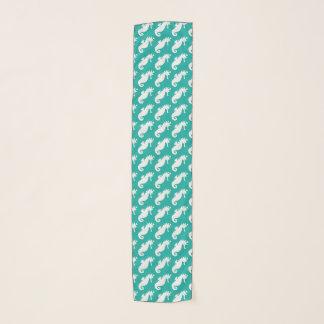 ティール(緑がかった色)のタツノオトシゴパターン スカーフ