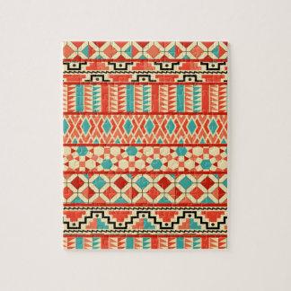 ティール(緑がかった色)のピンクの抽象芸術のGeoのアステカな種族のプリントパターン ジグソーパズル