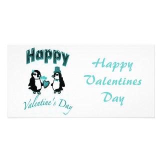 ティール(緑がかった色)のペンギンの幸せなバレンタインデー カード