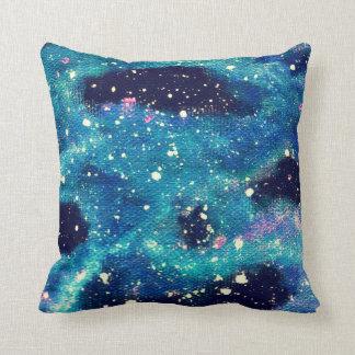 ティール(緑がかった色)の星雲の宇宙の装飾用クッション クッション