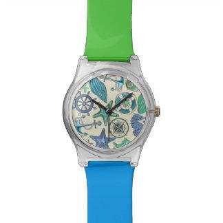 ティール(緑がかった色)の海洋動物パターン 腕時計