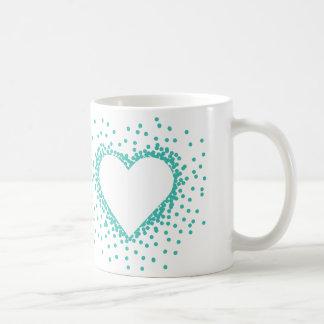 ティール(緑がかった色)の紙吹雪のハートのマグ コーヒーマグカップ