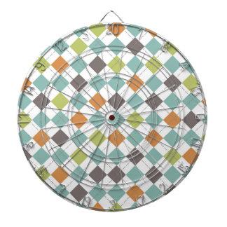 ティール(緑がかった色)の緑のオレンジ暗灰色のクラシックでアーガイル柄のなパターン ダーツボード