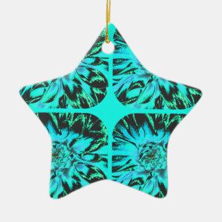 ティール(緑がかった色)の青いコラージュのダリアの花模様 陶器製星型オーナメント