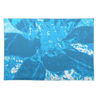 ティール(緑がかった色)の青い花のダリアの花模様 ランチョンマット