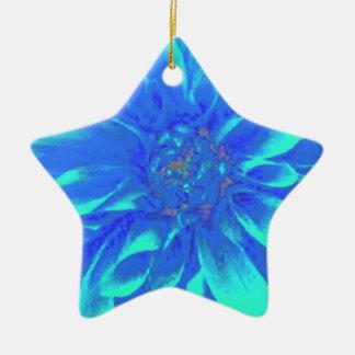 ティール(緑がかった色)の青い花のダリアの花模様 陶器製星型オーナメント