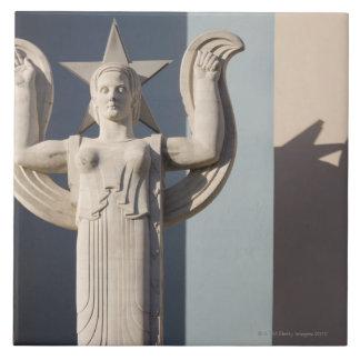 テキサス州の州市のアールデコの彫刻 タイル