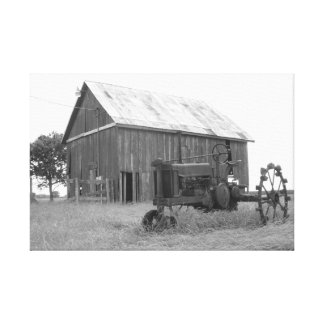 テキサス州の納屋およびトラクター キャンバスプリント