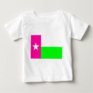 テキサス州の緑およびピンクの旗 ベビーTシャツ