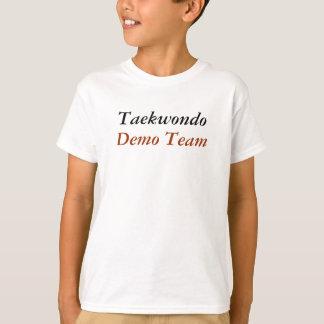 テコンドーのデモのチーム Tシャツ