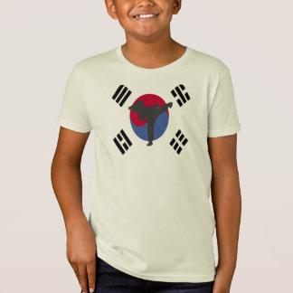 テコンドーのフライヤの女の子のTシャツ Tシャツ