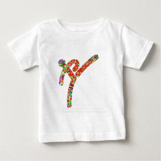 テコンドーは選手権を遊ばします ベビーTシャツ