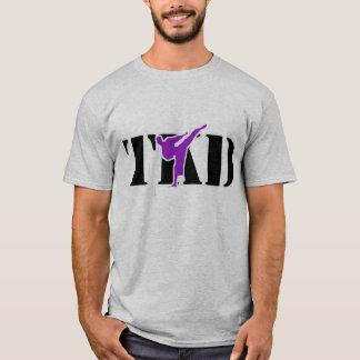 """テコンドー""""TKD""""のTシャツ(紫色) Tシャツ"""