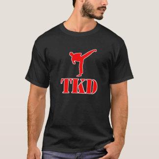 """テコンドー""""TKD""""のTシャツ(赤と白) Tシャツ"""