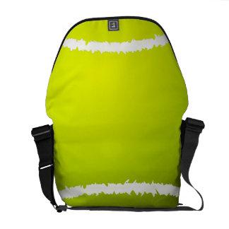 テニスのメッセンジャーバッグ クーリエバッグ