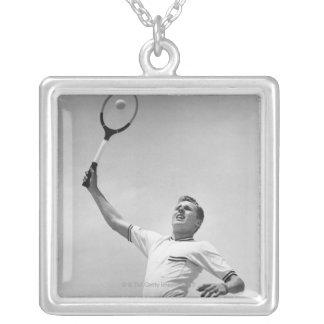 テニスを遊んでいる人 シルバープレートネックレス