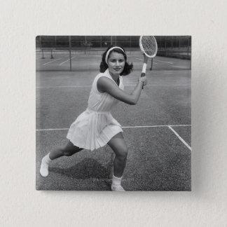 テニスを遊んでいる女性 5.1CM 正方形バッジ