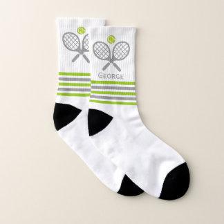 テニスラケットおよび球緑および灰色のストライブ柄 ソックス