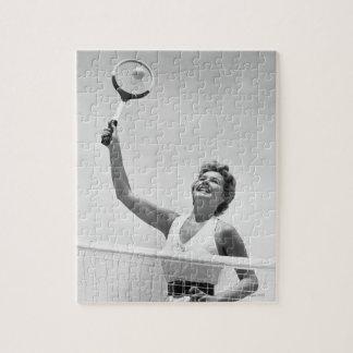 テニス2を遊んでいる女性 ジグソーパズル