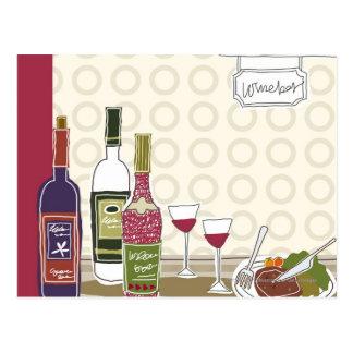 テーブルのワイングラスが付いているワイン・ボトル ポストカード