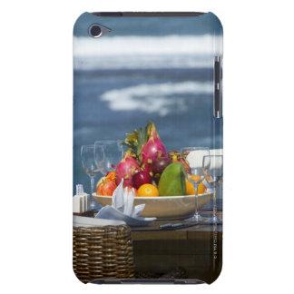テーブルの海によるトロピカル・フルーツ Case-Mate iPod TOUCH ケース