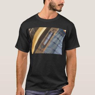 テーブルの織機 Tシャツ