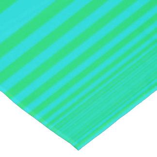 テーブルクロスは、青緑ストライプなパターンを着色しました テーブルクロス