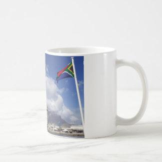 テーブル山、ケープタウン、南アフリカ共和国のマグ コーヒーマグカップ
