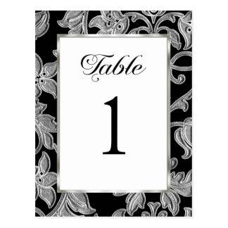 テーブル数エンボスの銀のダマスク織 ポストカード