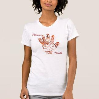 テーマMehndiのHennaの色彩の鮮やかな手 Tシャツ
