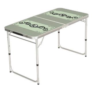 テールゲートのサイズのPongのテーブルのIRONWORK SCROLLWORK 1 ビアポンテーブル