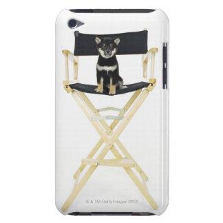 ディレクターの椅子の柴犬犬 Case-Mate iPod TOUCH ケース