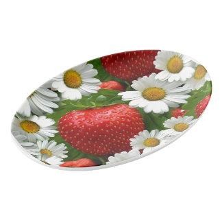 デイジーおよびいちご 磁器大皿