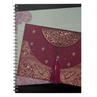 デザイナーにヒンズー教の結婚式の招待状を得て下さい ノートブック