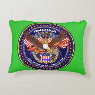 デザインについての愛国心が強いまたは退役軍人の眺め アクセントクッション