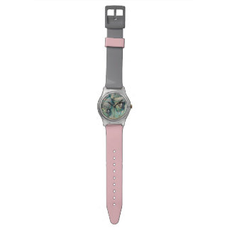 デザインの凝った服のカップルのコスチューム 腕時計