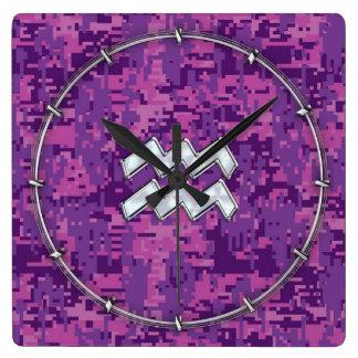 デジタルピンクのカムフラージュのアクエリアスの(占星術の)十二宮図の印 スクエア壁時計