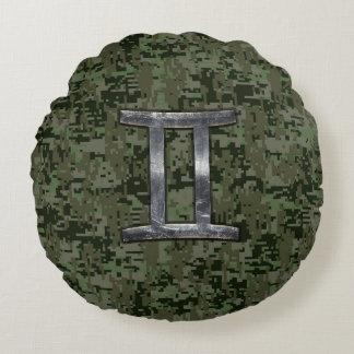 デジタル緑の迷彩柄のジェミニ(占星術の)十二宮図の印 ラウンドクッション